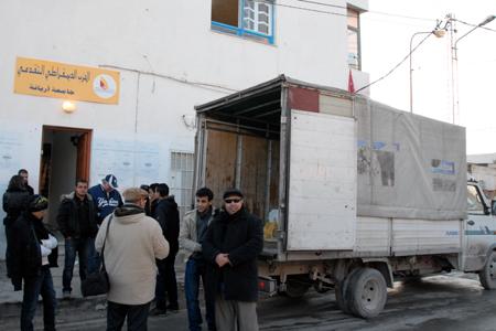 Tunisie: Poursuite de l'élan de solidarité au profit des zones sinistrées au Nord-Ouest du pays