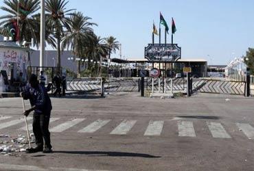 Le gouvernement de Tripoli menace de fermer ses frontières avec la Tunisie