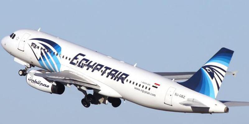 L'avion d'EgyptAir s'est désintégré en plein vol après un incendie
