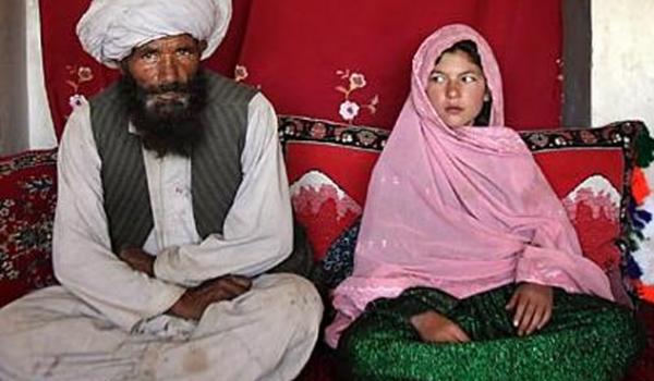 Un mollah afghan arrêté pour avoir épousé une enfant de 6 ans