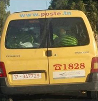 Ouverture d'une enquête après la publication d'une photo d'un véhicule de la Poste Tunisienne chargée de pastèques