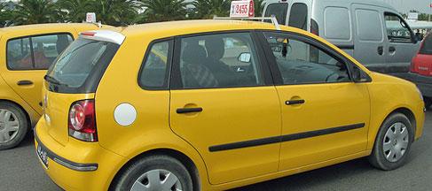 Tentative de suicide collectif de plusieurs chauffeurs de taxis à Sidi Bouzid