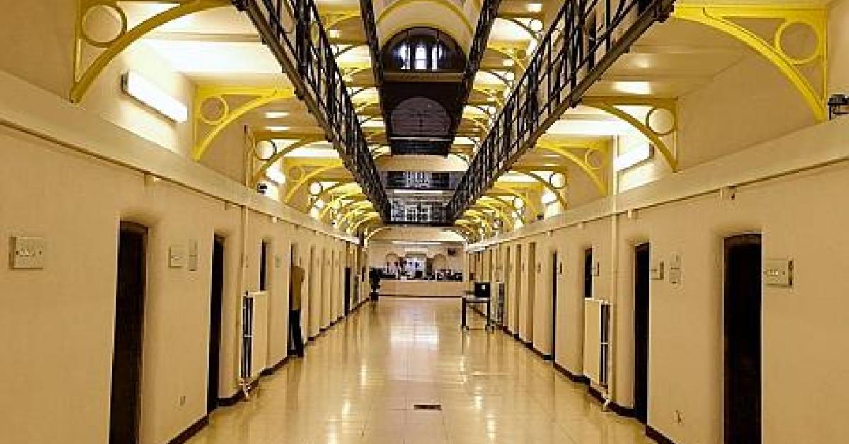 Belgique : un criminel se sauve simplement en ouvrant la porte de sa cellule
