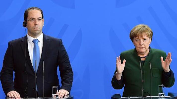 Allemagne : le directeur de la chancellerie fédérale s'engage à expulser 300 000 réfugiés