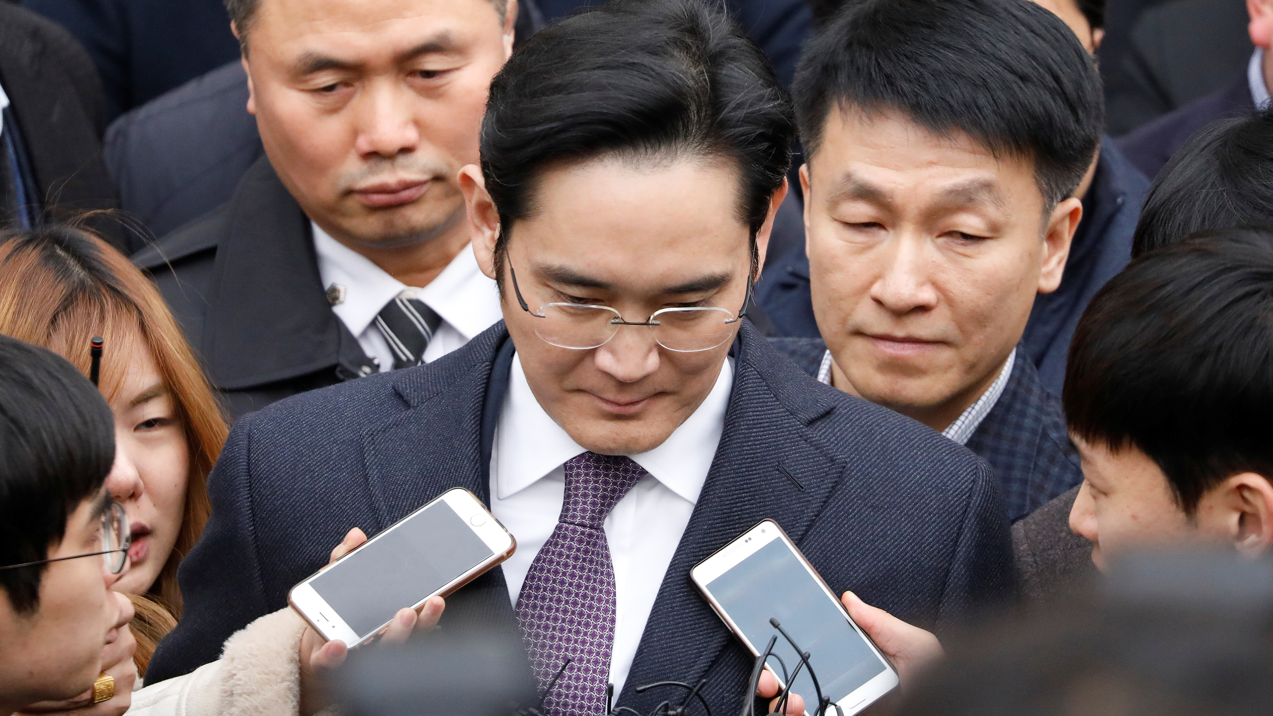 Arrestation du patron de Samsung dans l'affaire de trafic d'influence