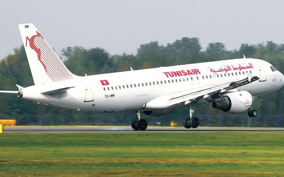 Les retards de la compagnie Tunisair gagnent la délégation conduite par Hervé Morin