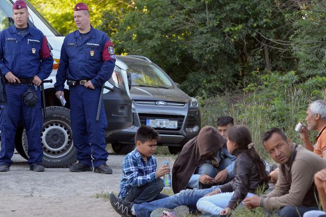 En Hongrie, les migrants passeront obligatoirement par la case prison