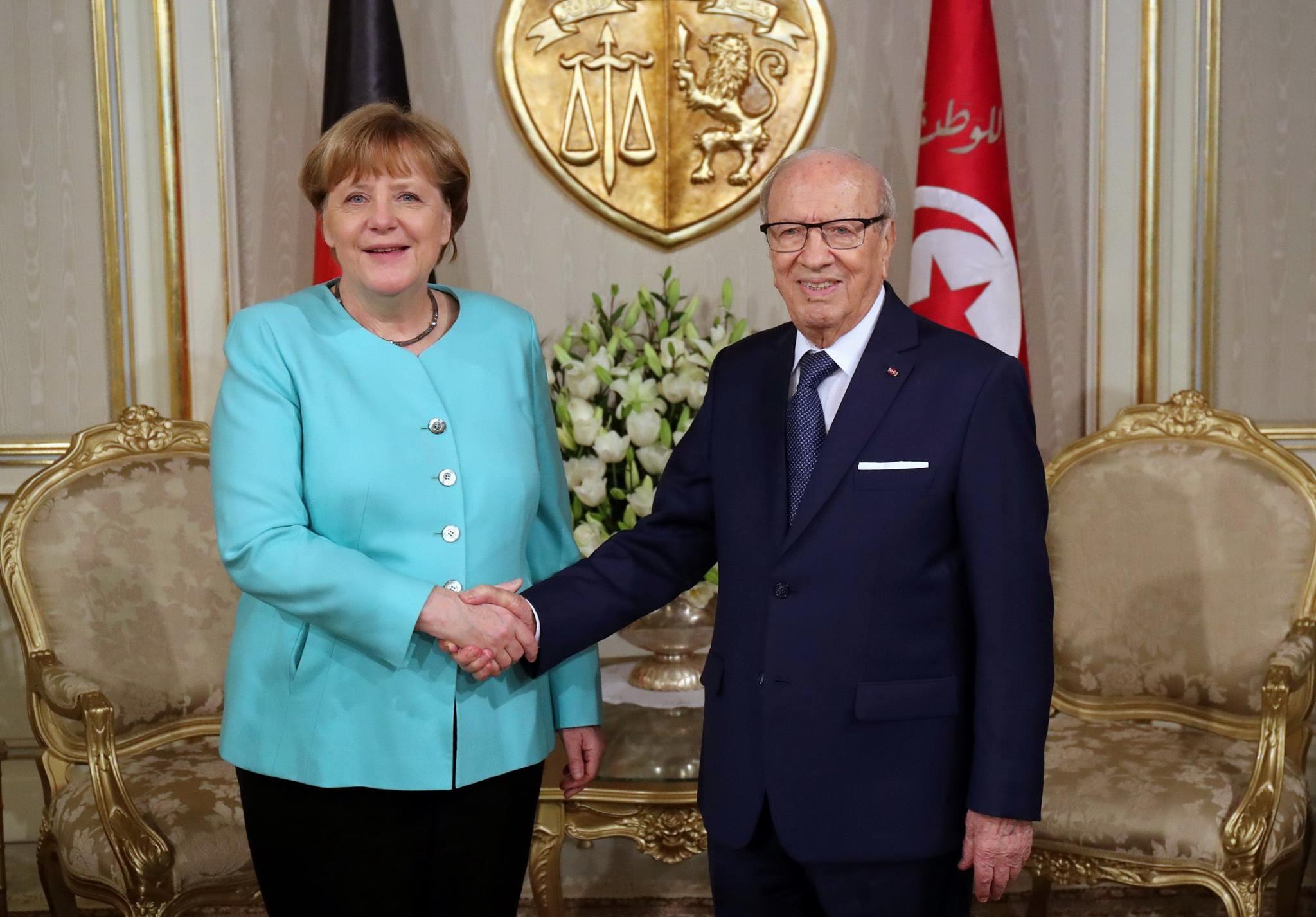 Tunisie : Angela Merkel promet le retour des touristes allemands en Tunisie