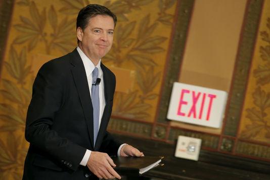 Trump limoge le directeur du FBI