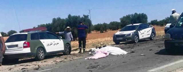 Tunisie – Images : quatre morts et 15 blessés dans l'accident entre un bus et une voiture