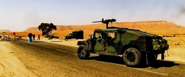 Tunisie – L'armée arrête plusieurs contrebandiers et saisit leur marchandise