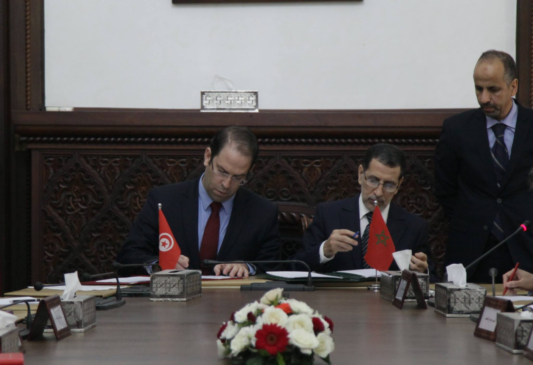 Youssef Chahed au Maroc pour signer des accords juridiques