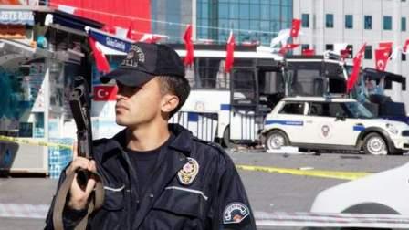 ISTANBUL - Un policier tué par un membre présumé de Daech