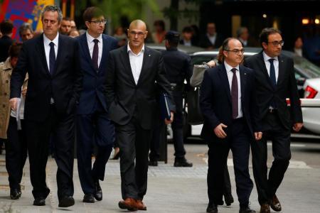 Espagne: Prison requise contre 8 dirigeants indépendantistes de la Catalogne