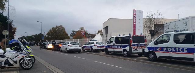 France : Toulouse : Un homme au volant d'une voiture fonce sur un groupe d'étudiants