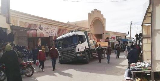 Tunisie – Gafsa : La chaussée s'effondre sous un poids lourd