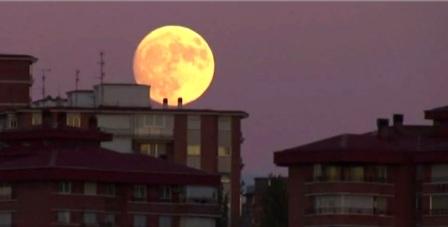 À quelle heure et comment l'observer dimanche 3 décembre — Super Lune