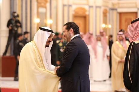 Saad Hariri et le roi tentent de faire oublier la crise