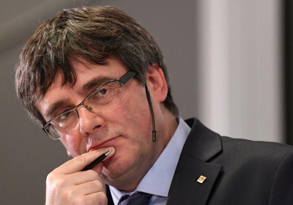 Carles Puigdemont renonce à briguer de nouveau la présidence catalane — Espagne