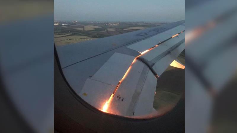 L'avion de l'équipe de foot de l'Arabie saoudite prend feu en vol