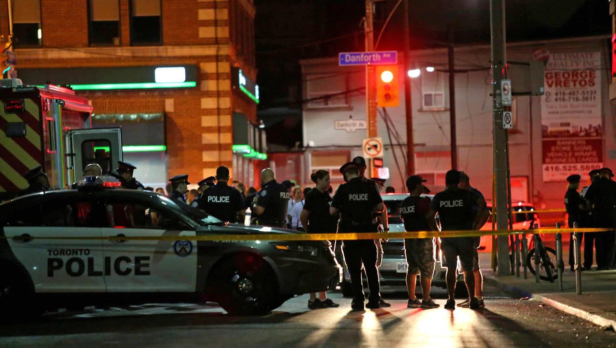 Canada : 1 mort et 13 blessés dans une fusillade à Toronto