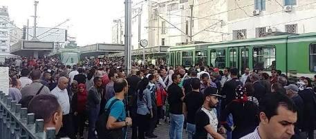 Tunisie – Colère des usagers après l'arrêt du Métro de la ligne 2, en pleine heure de pointe