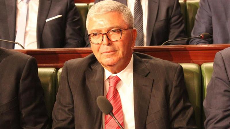 Abdelkrim Zbidi : Une situation sécuritaire stable mais l'état d'alerte militaire à la frontière tuniso-libyenne est toujours en cours