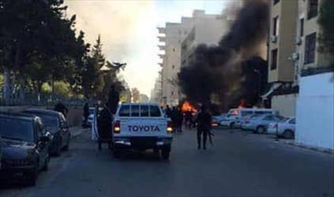 Trois morts et 11 blessés dans l'attentat suicide contre les bâtiments du ministère des Affaires étrangères en Libye