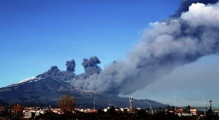 Italie. L'Etna est entré en éruption