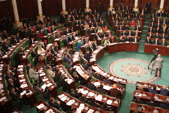 Tunisie: Hausse sur l'impôt sur le bénéfice des concessionnaires des voitures, des agences de transit et les grandes surfaces