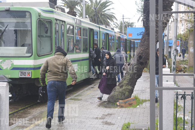 Tunisie: Un différend entre passagers conduit à une suspension temporaire du métro 5