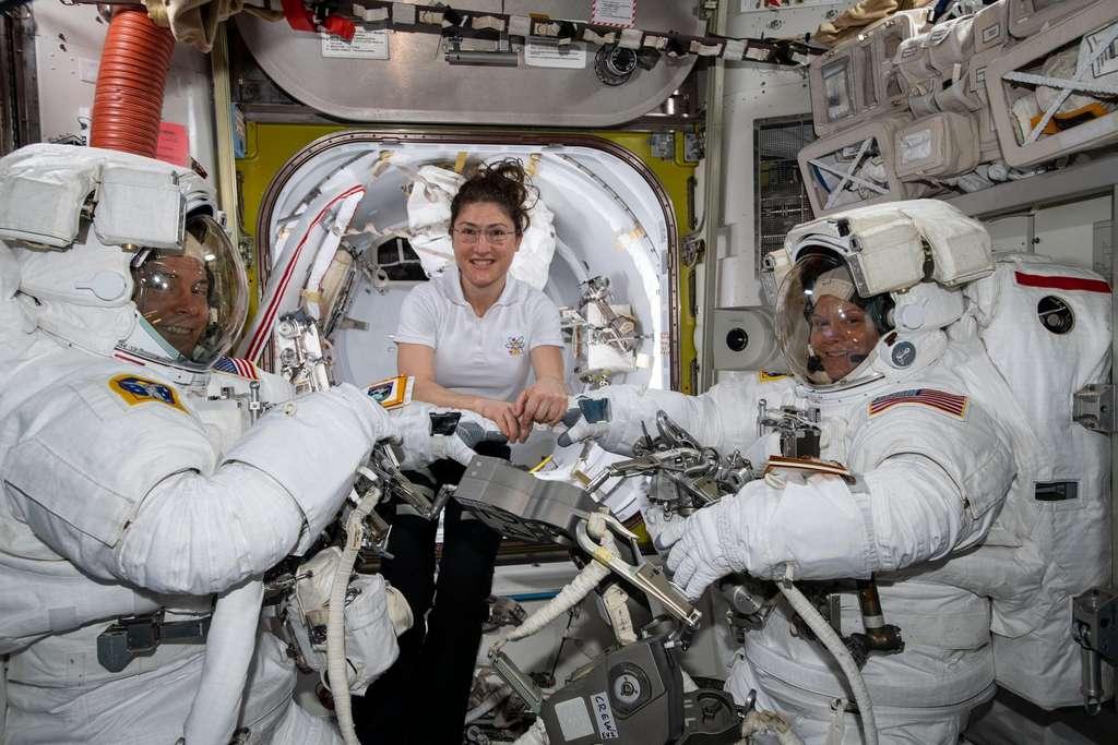La Nasa annule la première sortie dans l'espace de deux femmes astronautes