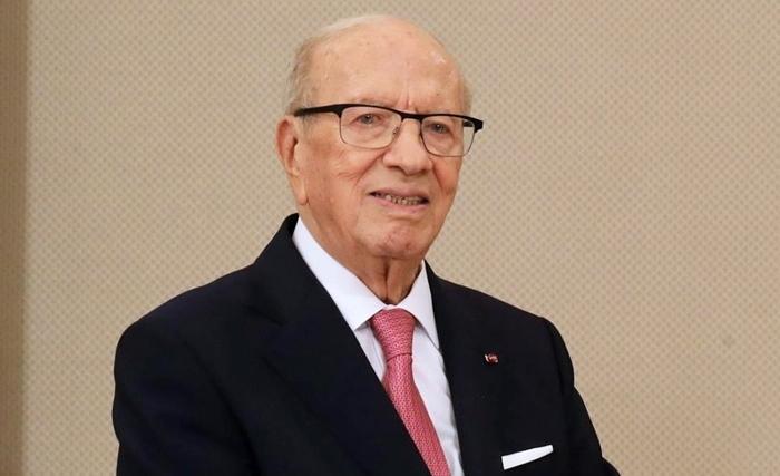 Caied Essebsi lance la balle dans le camp de Chahed