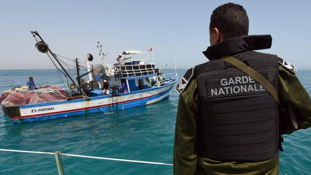 Tunisie: Sauvetage de cinq pêcheurs au large de Zarzis