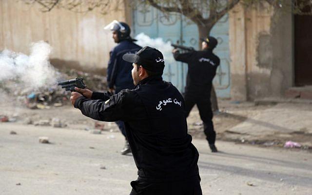 Tunisie: Usage du gaz lacrymogène contre des chauffeurs de taxis à Kasserine