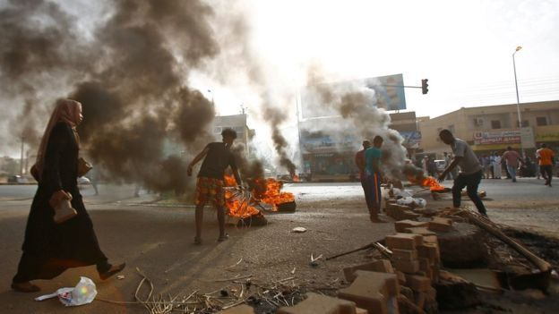 Soudan: Plus de 30 morts lors de la dispersion du sit-in par les militaires