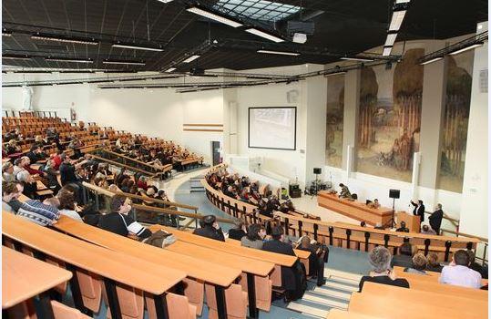 Tunisie: Appel à la remise des examens des universités pour clore l'année dans les délais
