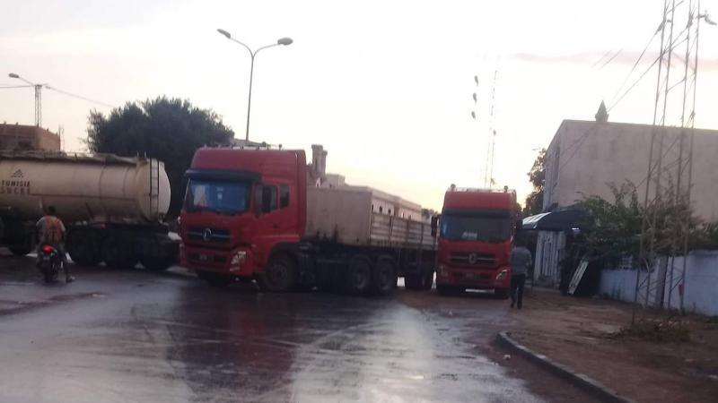 Tunisie: Des conducteurs de camions de l'usine de sucre bloquent la route Bizerte-Menzel Bourguiba