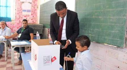 Tunisie – Le candidat Seifeddine Makhlouf se distingue par l'irrespect de toutes les lois régissant l'opération de vote