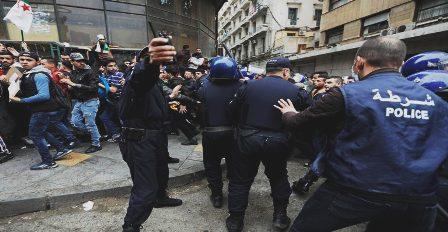 Algérie: Le policier à l'origine des émeutes qui ont fait trois morts arrêté