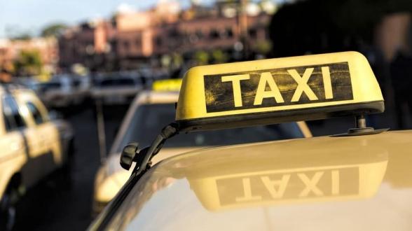 Tunisie: Les chauffeurs de taxi protestent