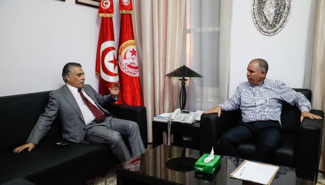 Tunisie-[photos] Noureddine Taboubi et Nabil Karoui s'entretiennent