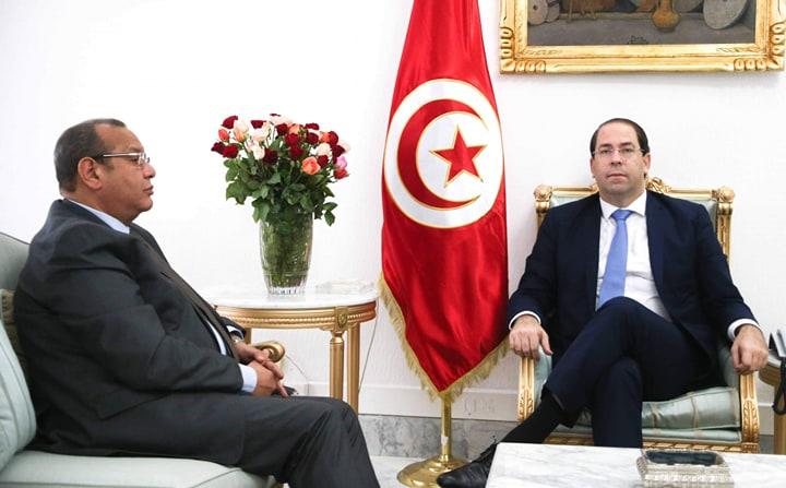 Tunisie: Youssef Chahed reçoit Samir Majoul