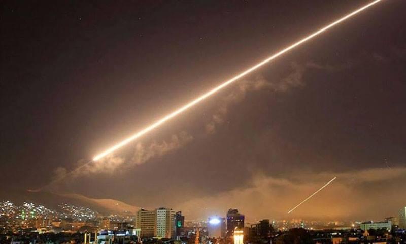 Damas bombardée par des missiles de l'Armée israélienne