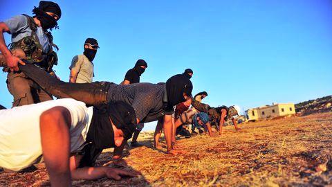 Libye : Des miliciens syriens s'installent dans un camp sur la frontière avec la Tunisie