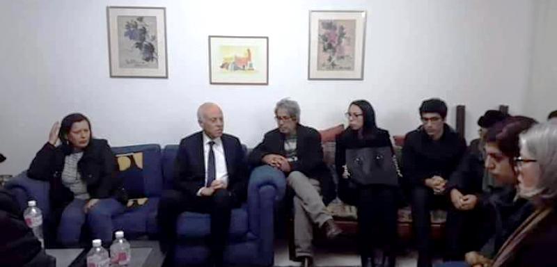 Tunisie – Kaïs Saïed se rend au domicile de Lina Ben Mhenni