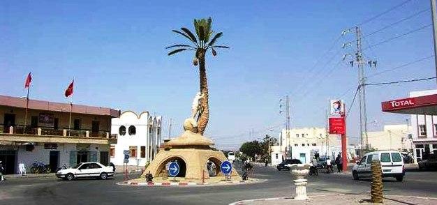 Tunisie – Kebili: Blocage de la route de Gabes à cause du manque de voitures de louage