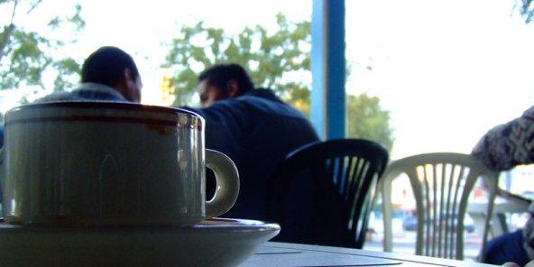 Tunisie: Fixation d'un intervalle d'une heure pour consommer dans un café, nouvelles précisions