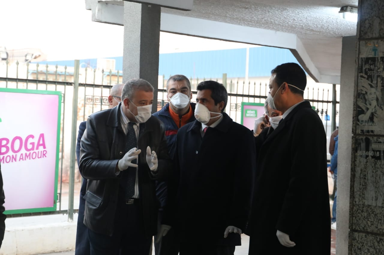 Tunisie [photos] : Anouar Maarouf effectue une visite d'inspection à la gare Tunis Marine