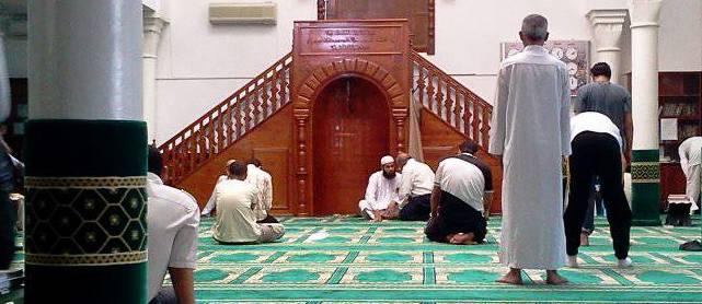 Tunisie – Le Bardo: Des individus entrent clandestinement dans une mosquée pour effectuer la prière du vendredi